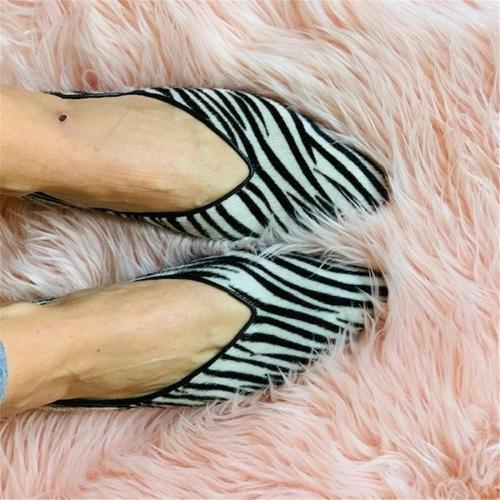 Women's Fashion Animal Print Pointed Flat Shoes