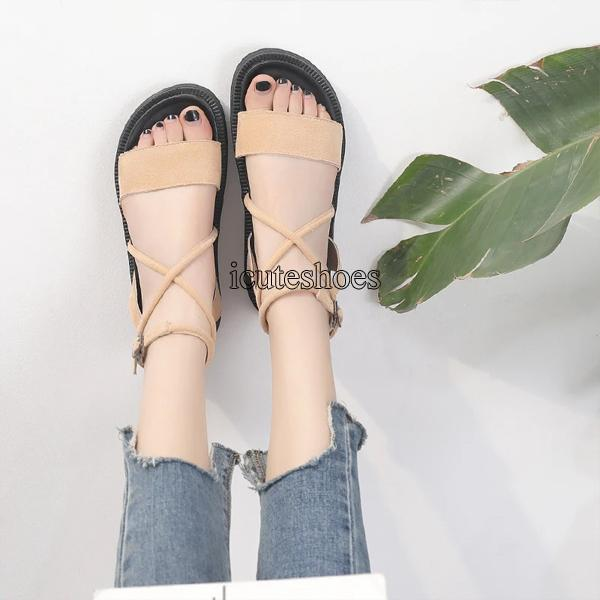 New 2020 Beach Shoes Women's Shoes Holiday Sandals Women Flat Bottom