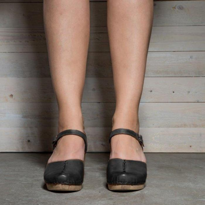 Brown Vintage Ankle Strap Buckle Chunky Shoes