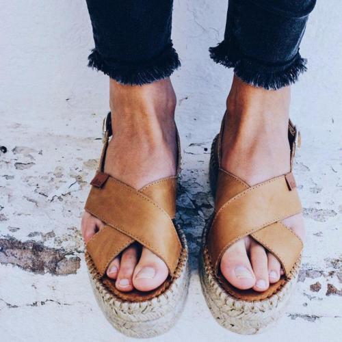 Open Toe Flat Heel Casual Camel Sandals