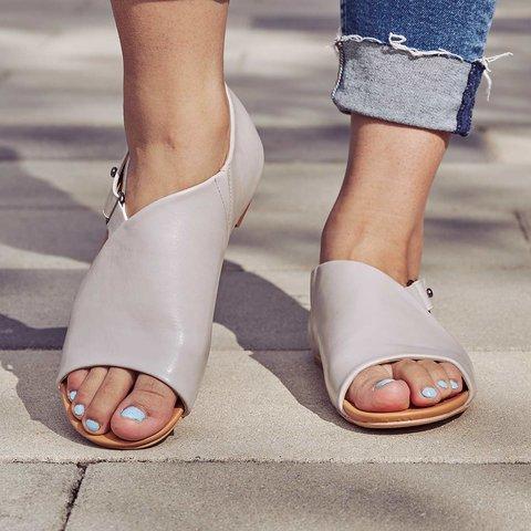 Women's Peep Toe Chunky Heel Buckle Sandals