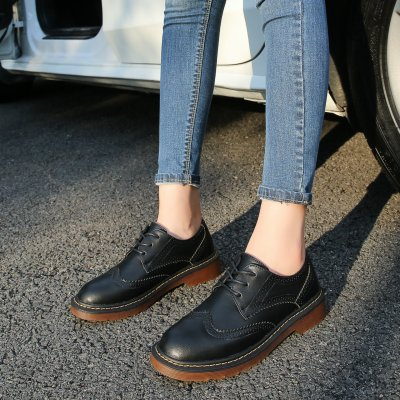 2020 New Shoes British Style Round Head Flat Sole Thick Heel Women's Shoes Lace Up Women's Fashion