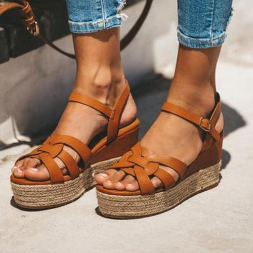 Vintage Crisscross Peep Toe Medium Height Platforms Gladiator Sandals