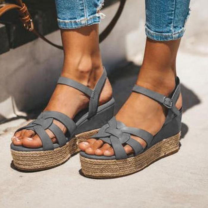 Vintage Crisscross Peep Toe Medium Height Platforms Gladiator Sandals