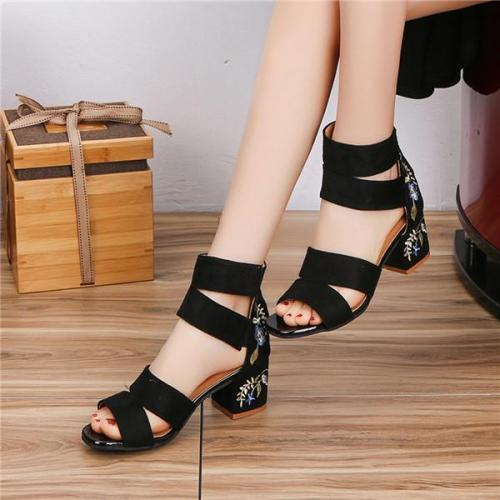 Zipper Embroidery Square Heel Breathable Sandals High Heel Shoes
