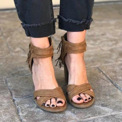 Brown Fringe Buckle Cross-Band High Chunkt Sandals