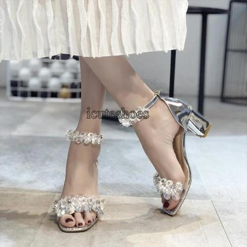 Summer New Comfortable Chunky Heel Women's Word Buckle High Heeled Fashion Sandals