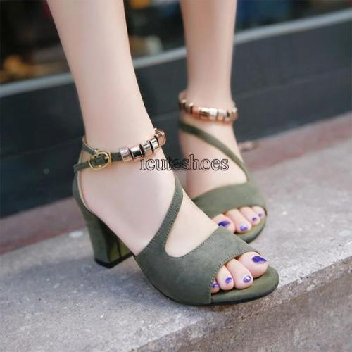 In The Summer 2020 New One-word Roman Thick-heeled Sandal Female Casual High Heels Fishmouth Sandals