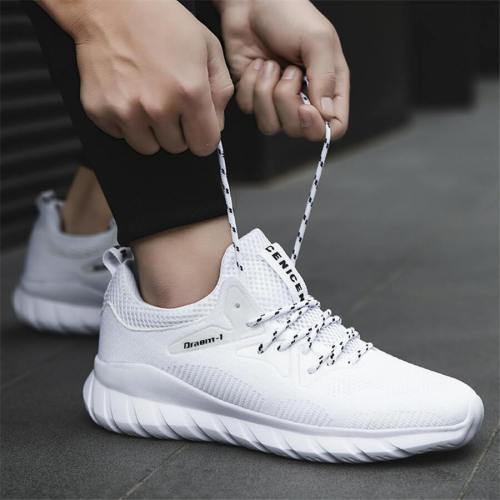 Men's Fashion   Breathable Lace-Up Sneakers