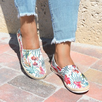 Easy Slip on Flower Print Espadrille Flats