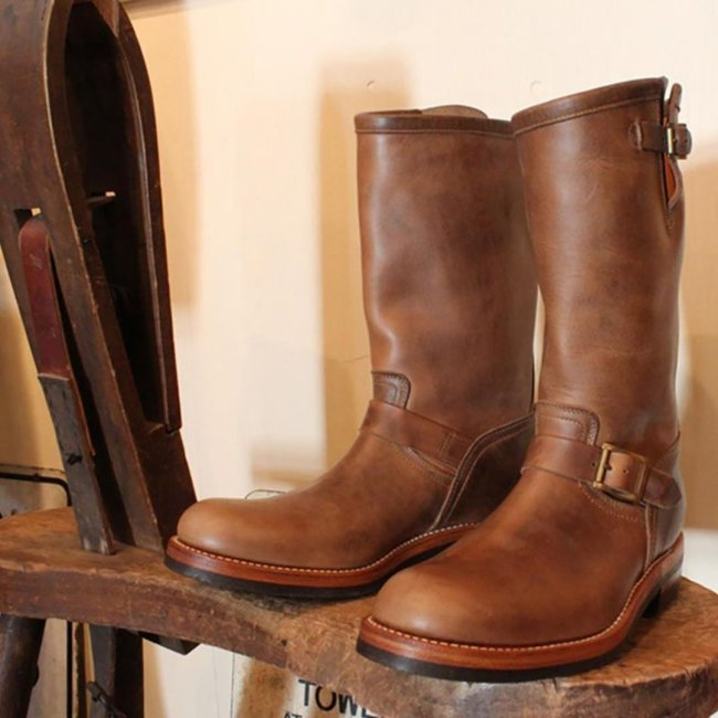 Men's low-heeled Knight boots