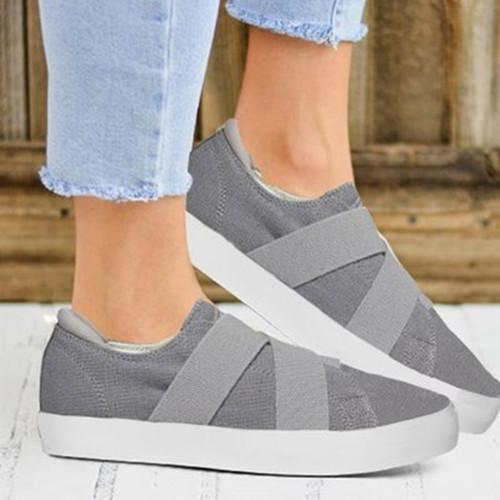 Women Canvas RoundToe Sneakers