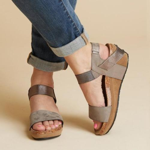 Large Size Women Summer Med Wedge Comfortable Platform Sandals