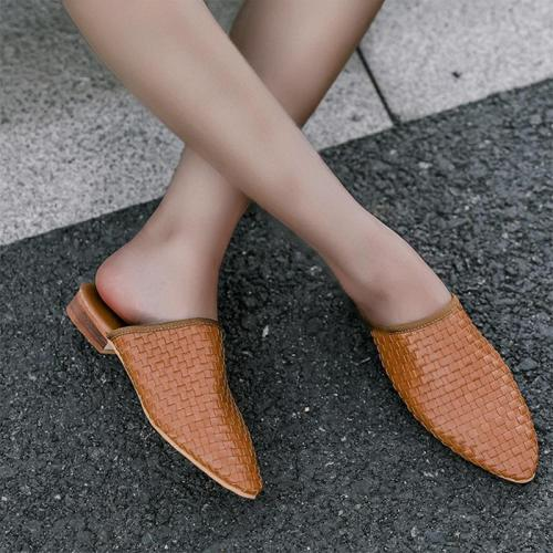Weaved Pointy Toe Women Mules Sandals