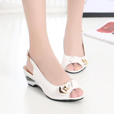 Summer New Women's Shoes Fish Mouth Paint Leather Slope Heel Buckle Fashion Lady Sandals