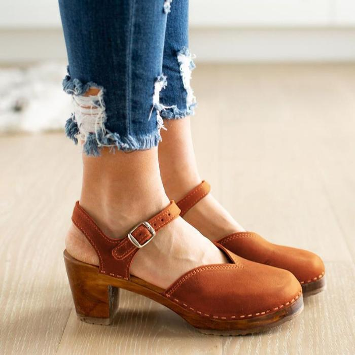 Retro Buckle Chunky Hollow Mary Jane Shoes