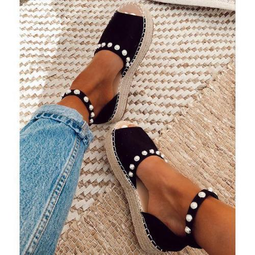 Chic Flats Adjustable Buckle Sandals