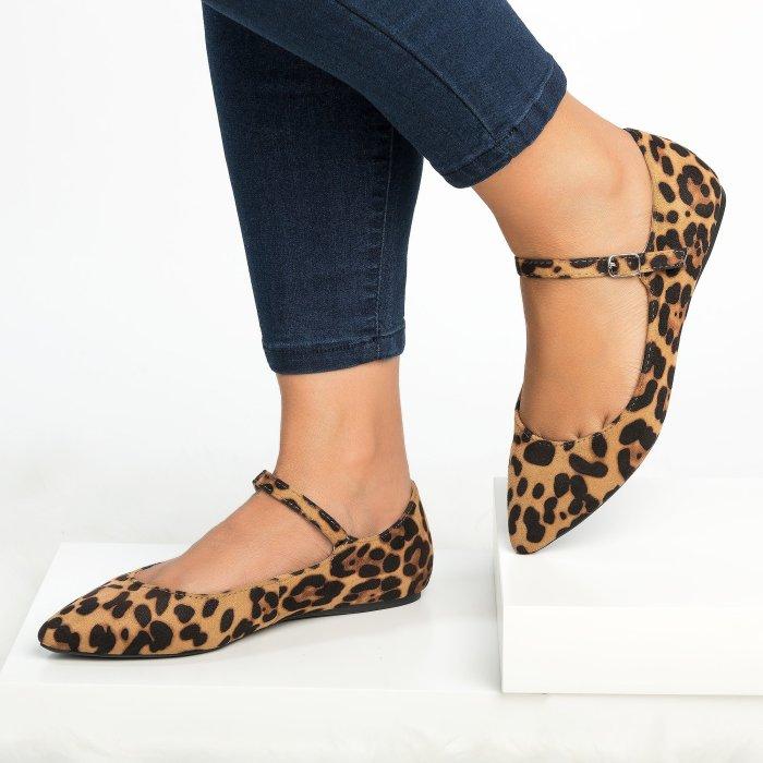 Emma Pointy Toe Leopard Flats