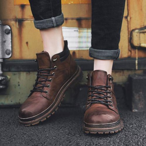 Tooling British style wild casual in the Martin boots