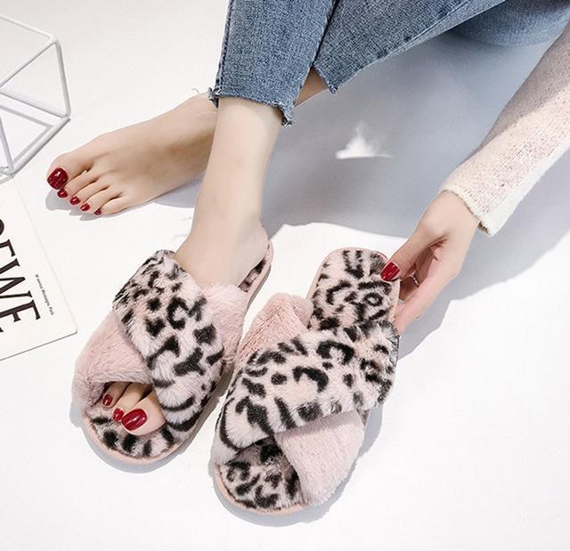 Leopard Cross Indoor Warm Non-slip Fur Slippers