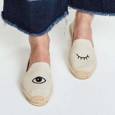 Women Canvas Flat Loafers Casual Comfort Eyes Shaped Embroidery Shoes