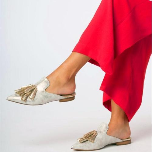 Velvet Upper Point Toe Tassle Mule Sandals