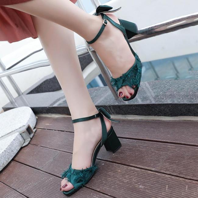 Fluffy Cloth Elegant Date Chunky Heel Sandals