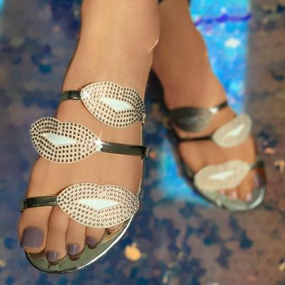 Women Slippers Sole Flat Heel Bling Lips Crystal Open Toe Outdoor Beach Sexy Sandals Shoes Ladies