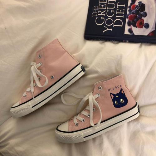 Cartoon Cat High-top Canvas Shoes Female Joker Student Korean Leisure