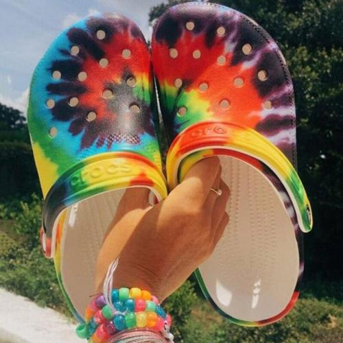2020 Summer New Beach Hole Shoes Flat Outdoor Slippers Open Toe Fashion Sandals Colorful Plus Size 36-43