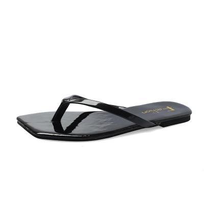 Cool Slippers Women's Summer Square Head Fashion Wear Beach Women's Sandals