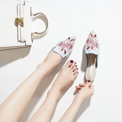Ponited Toe Summer Slippers Women's Mules Flower Embroidery Half Slippers Female Elegant Party