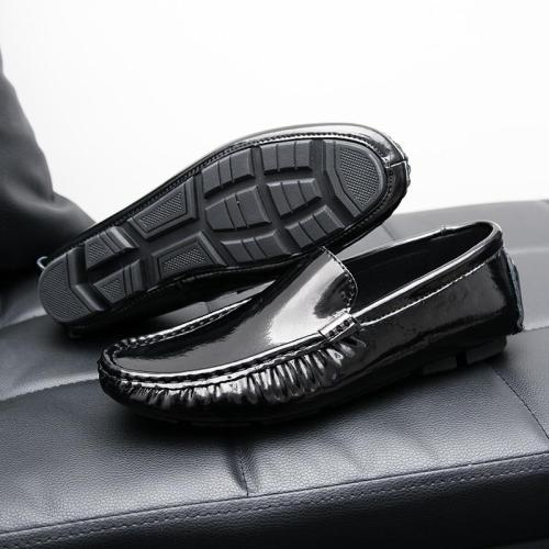 Leather Men Casual Shoes Luxury Mens Loafers Breathable Slip on Lazy Driving Shoes