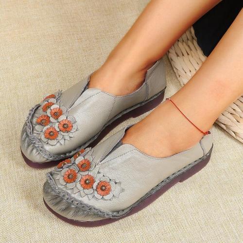 Women Comfortable Applique Slip On Flat Heel Loafers