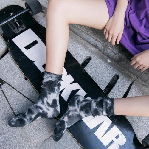 New Arrivals Women Men Tie Dye Printed Socks Cycling Running Jogging Hiking Skating Fashion Couple Gift Sox Colorful Socks