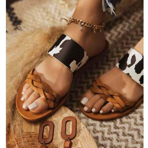 Summer New Women's Shoes Outdoor Beach Slippers Fashion Open Toe Flat Sandals Handmade Casual Plus Size