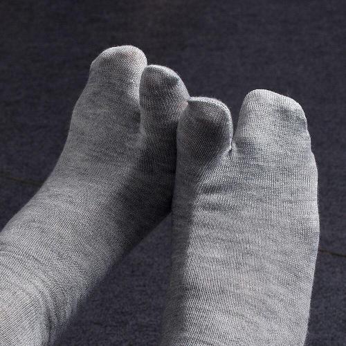 High Quality Women Men Unisex Japanese Unisex Kimono Flip Flop Sandal Split Two Toe Sock Socks
