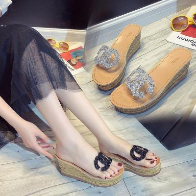 Fashion Loose Cool Slippers In Summer Sequins Transparent Sandals