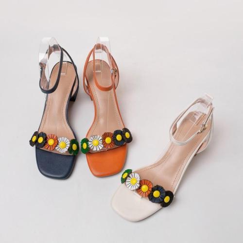 2020 Summer New Sandals with Flowers Women's Middle Heel Chunky Heel Open Toe Roman Women's Shoes