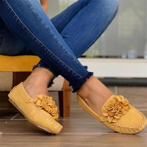 Women Suede Applique Slip On Flat Heel Loafers