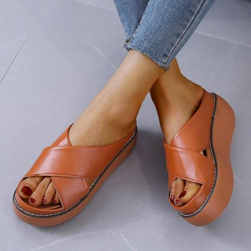 Women Platforms Sandals Fashion Beach Chunky Slippers Outdoor Slipper Woman Casual Shoes
