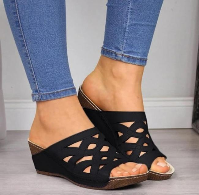 Women Shoes Sandals Summer Flat Shoes PU Leather Luxury Shoes Women