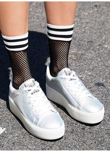 Chic Women's Black Breathable Mesh Fishnet Socks Sexy Hollow Out Stripe Nets Socks Ladies High Heels Sox