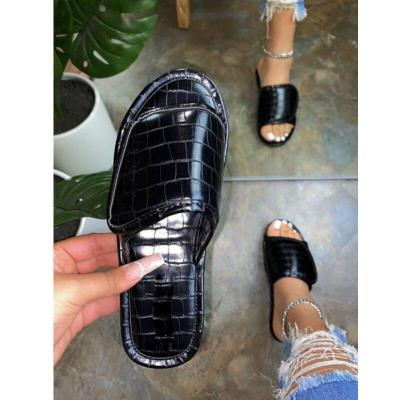 2020 Summer New Beach Shoes Outdoor Open Toe Flat Sandals Platform Casual Slippers Solid Color Fashion Large Size 42
