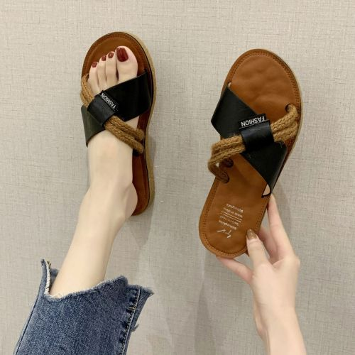 Slippers Women's Summer  Shoes Flat Soft Bottom Outside Covered Slippers Versatile Sandals