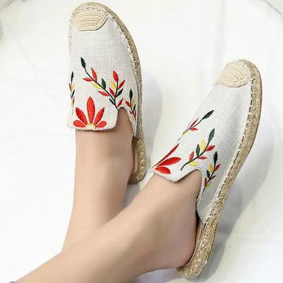 Women Indoor Embroider Slippers Cane Hemp Platform Round Toe Floral Slides Casual Mules Ladies House Shoes Zapatos De Mujer