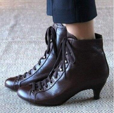 2020 New Fashion Women Autumn Ankle Boots Solid Flock Lace-Up Vintage Short Boots Pointed Toe Plus Size Ladies Shoe