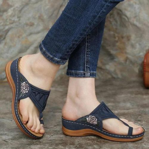 Summer Sandals Women Fashion Embroidered Flat Sandals Ladies Casual Gladiator Sandals Women Flip Flops Woman Slippers