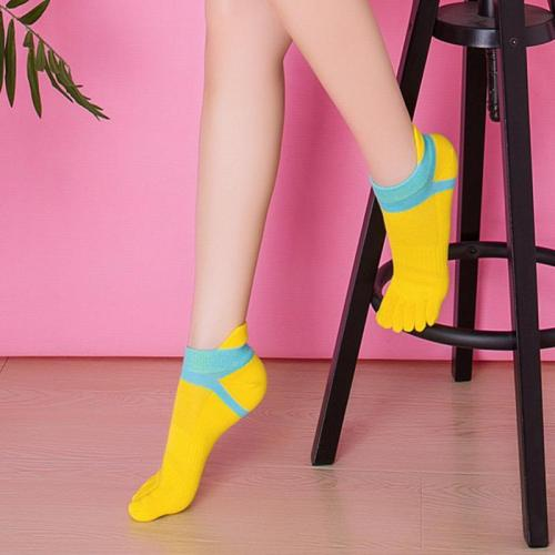 Women Split Socks Low Cut Ankle Show Toe Socks Cotton Blend Breathable Five Finger Feet Wearing Sock