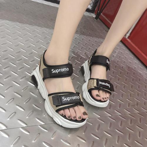 Women's Sandals New Women's Shoes Sports Style Cool Slippers